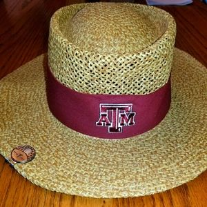 Texas A&M Hat with Golf Team Clip Pin
